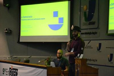 e-Democracia (2).JPG