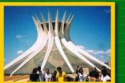 Niemeyer completa 100 anos em 2007