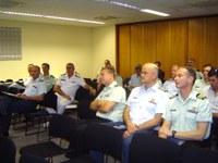 Militares canadenses assistem palestra na sede do Interlegis
