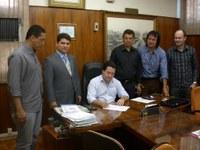 Câmara de Apucarana assina termo aderindo ao Interlegis II