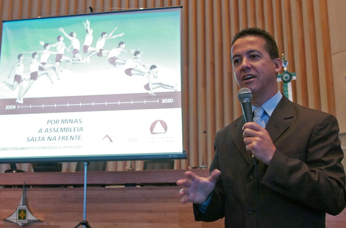 Interlegis colabora com planejamento estratégico da Câmara Legislativa/DF