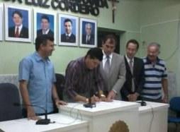 ADESÃO - CM de Caucaia assina parceria com o Interlegis - 09/02