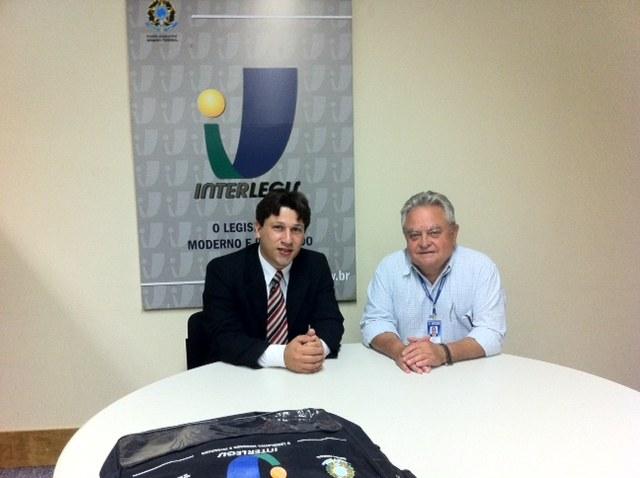 ADESÃO -  CM de Timóteo/MG assina convênio com Interlegis