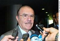 REFORMA POLÍTICA - Para Sarney, pressão da opinião pública vai ajudar na aprovação