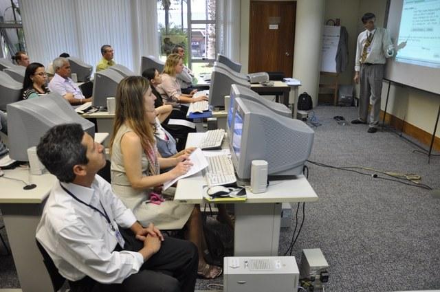 CAPACITAÇÃO - Oficina tecnológica treina colegas de cinco estados na sede do Interlegis, de 1º a 5 de agosto