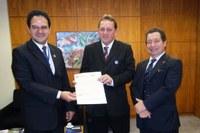 MODERNIZAÇÃO - Interlegis e Câmara de Louveira intensificam parceria