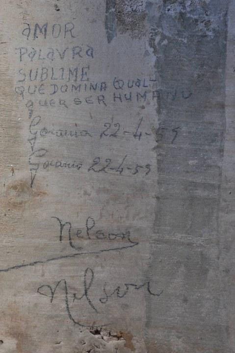 HISTÓRIA - Operários encontram mensagens registradas há 51 anos no Palácio do Congresso Nacional