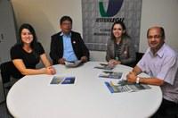 MODERNIZAÇÃO - Coordenadora da Escola do Legislativo e jornalista da Câmara de Montes Claros buscam apoio do Interlegis