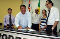 MODERNIZAÇÃO - Câmara de Votorantim renova parceria com o Programa Interlegis