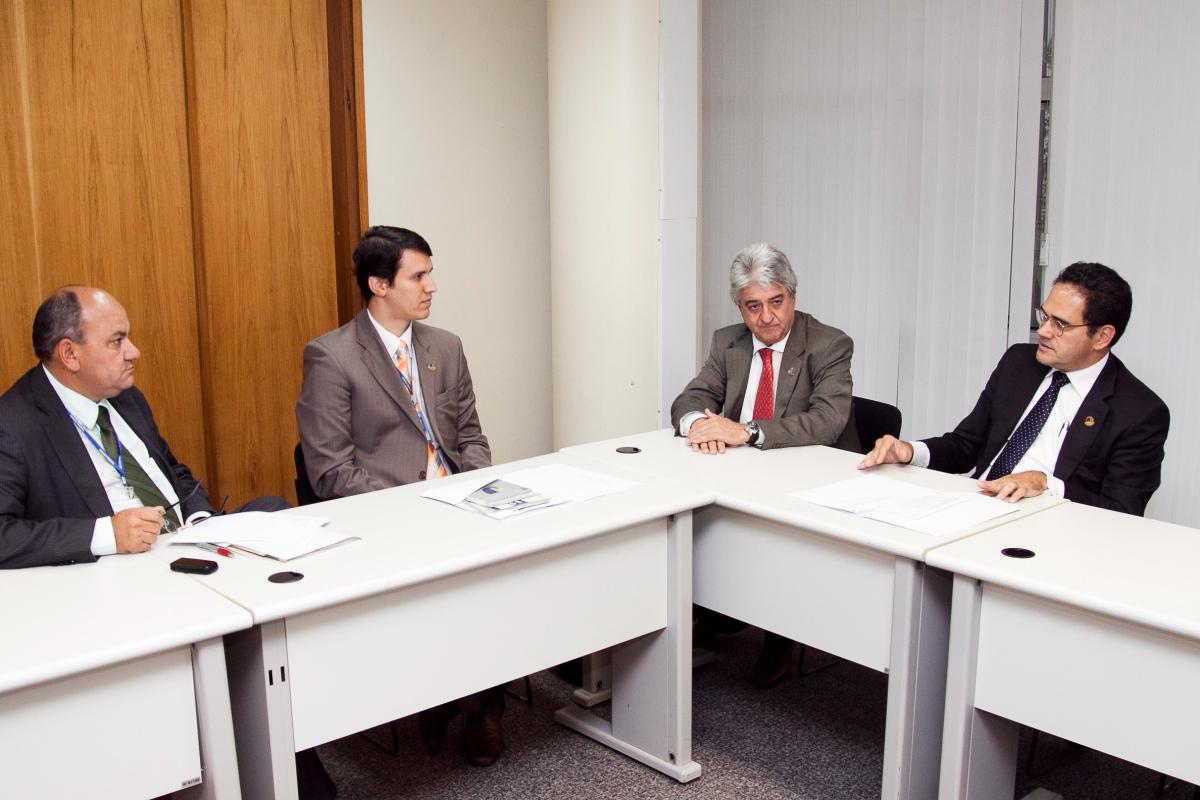 INSTITUCIONAL - Gabinetes de senadores recebem informações do Interlegis sobre PML