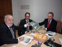 INTEGRAÇÃO - Interlegis, ABEL e UNALE discutem ações para estreitar parceria
