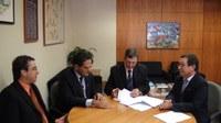 INSTITUCIONAL - Câmara de Fortaleza dos Valos assina convênio com o Interlegis