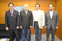 Interlegis assina proposta de parceria para realização de curso a distância com a Abracam