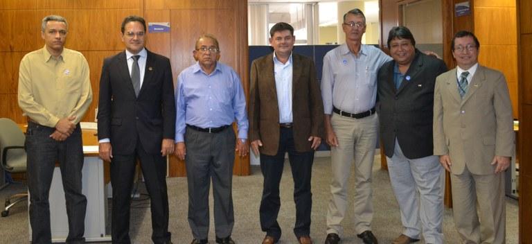 Diretor do Interlegis recebe presidente da Câmara de Porangatu e vereadores