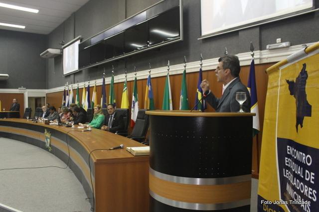 Senador Romero Jucá elogia trabalho do Interlegis durante encontro em Roraima