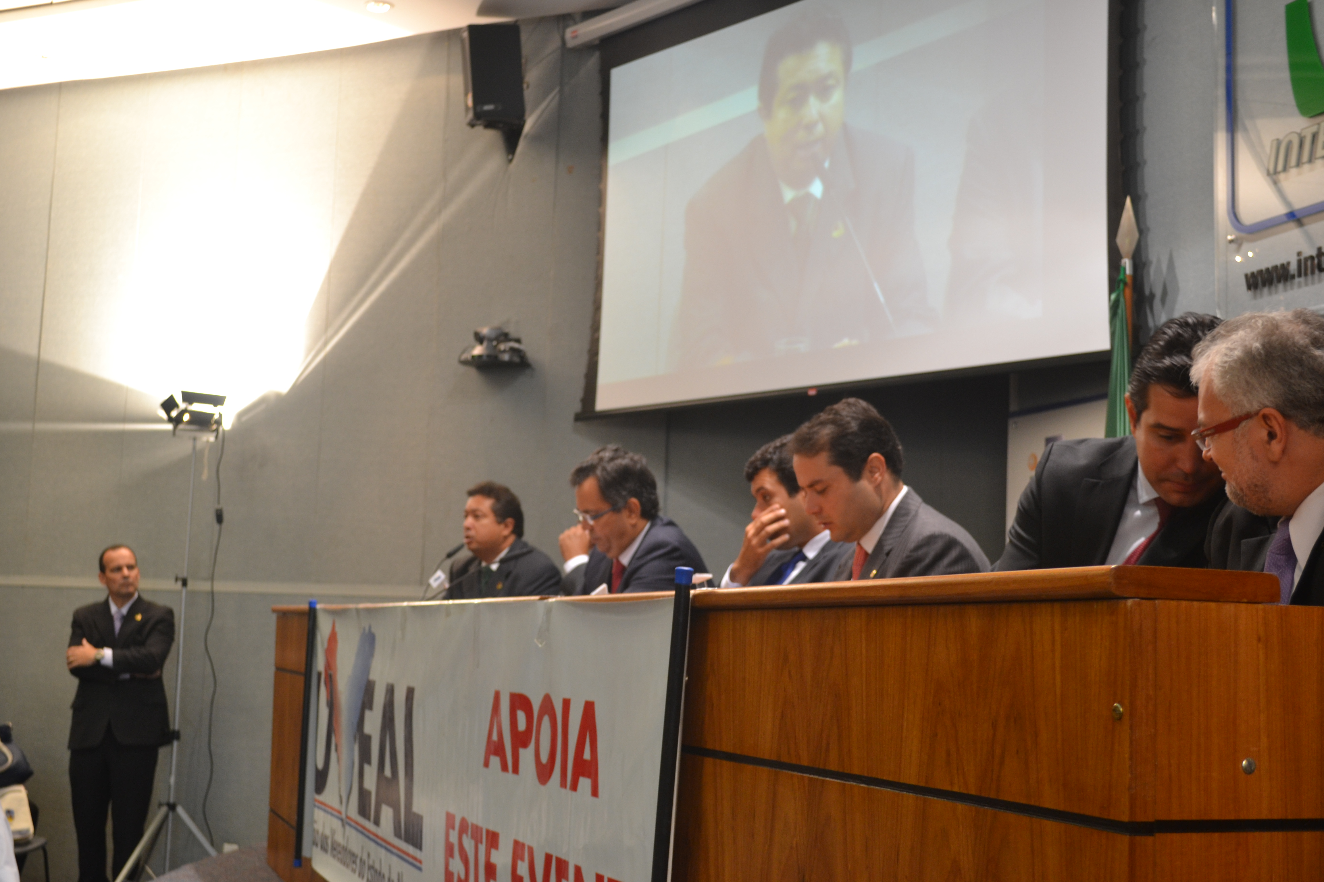 Vereadores nordestinos discutem ações para a valorização do Legislativo no auditório do Interlegis