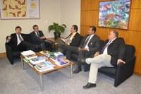 Vice-presidente da Câmara de Cuiabá visita novo diretor do ILB