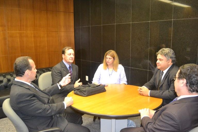 Câmara de Presidente Getúlio (SC) assina adesão ao ILB/Interlegis