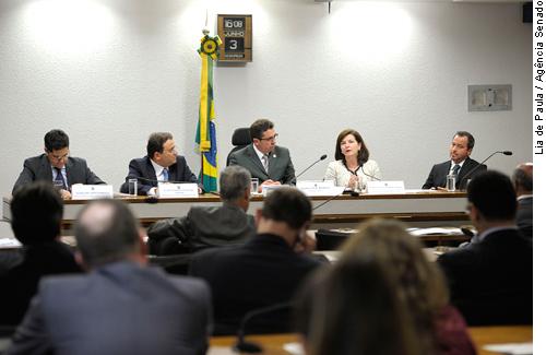 Em medida inédita, deputados estaduais participam de debates na CCJ do Senado
