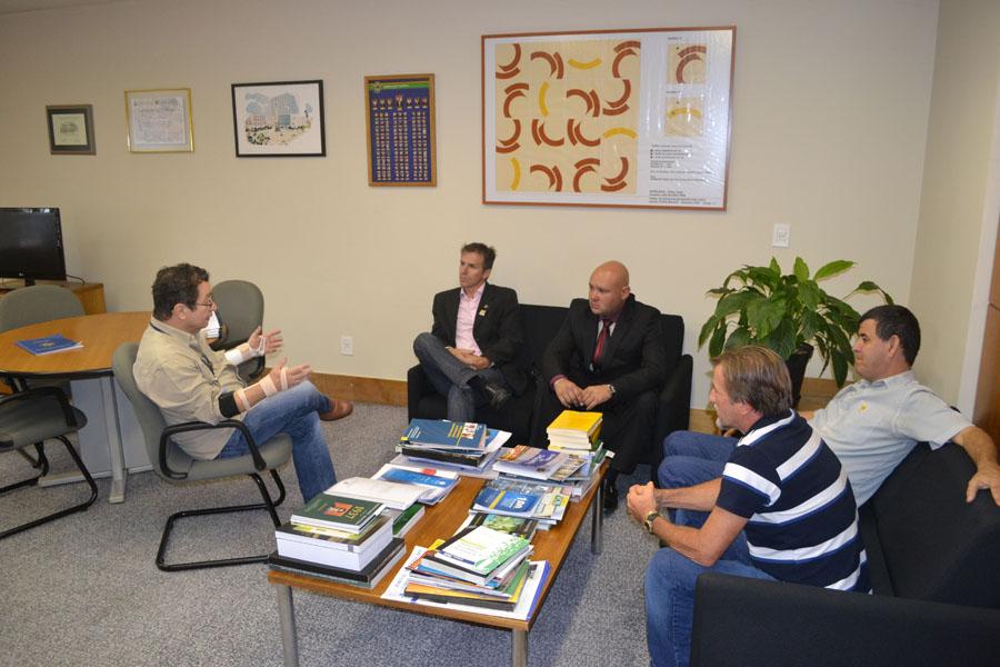 Vereadores de Arceburgo (MG) querem participar do Programa de Modernização Legislativa