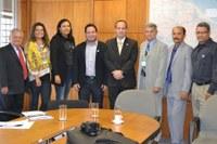 Representantes dos municípios de Serrolândia e Várzea do Poço, na Bahia, buscam Interlegis para parceria