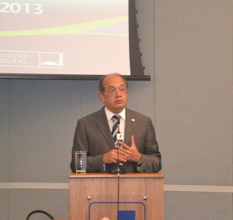 Gilmar Mendes faz propostas para diálogo entre Judiciário e Legislativo
