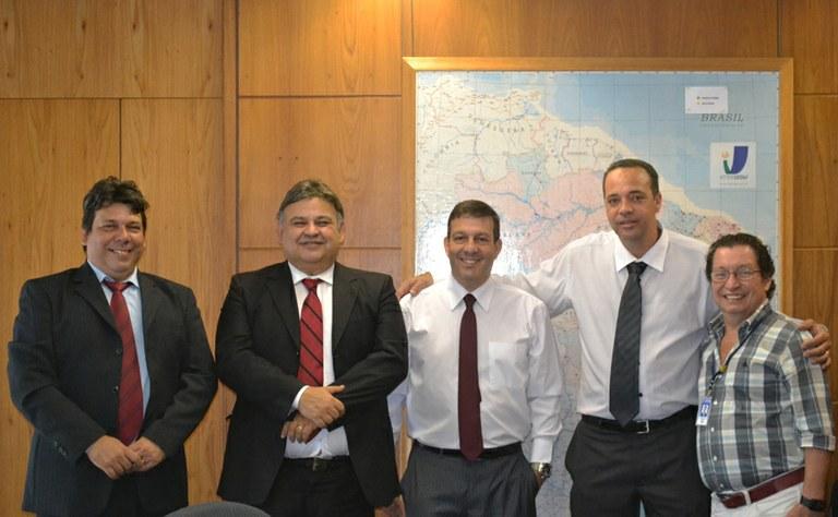 Em visita ao Interlegis/ILB, vereadores de Mendes (RJ) pedem apoio para revisão de marcos jurídicos