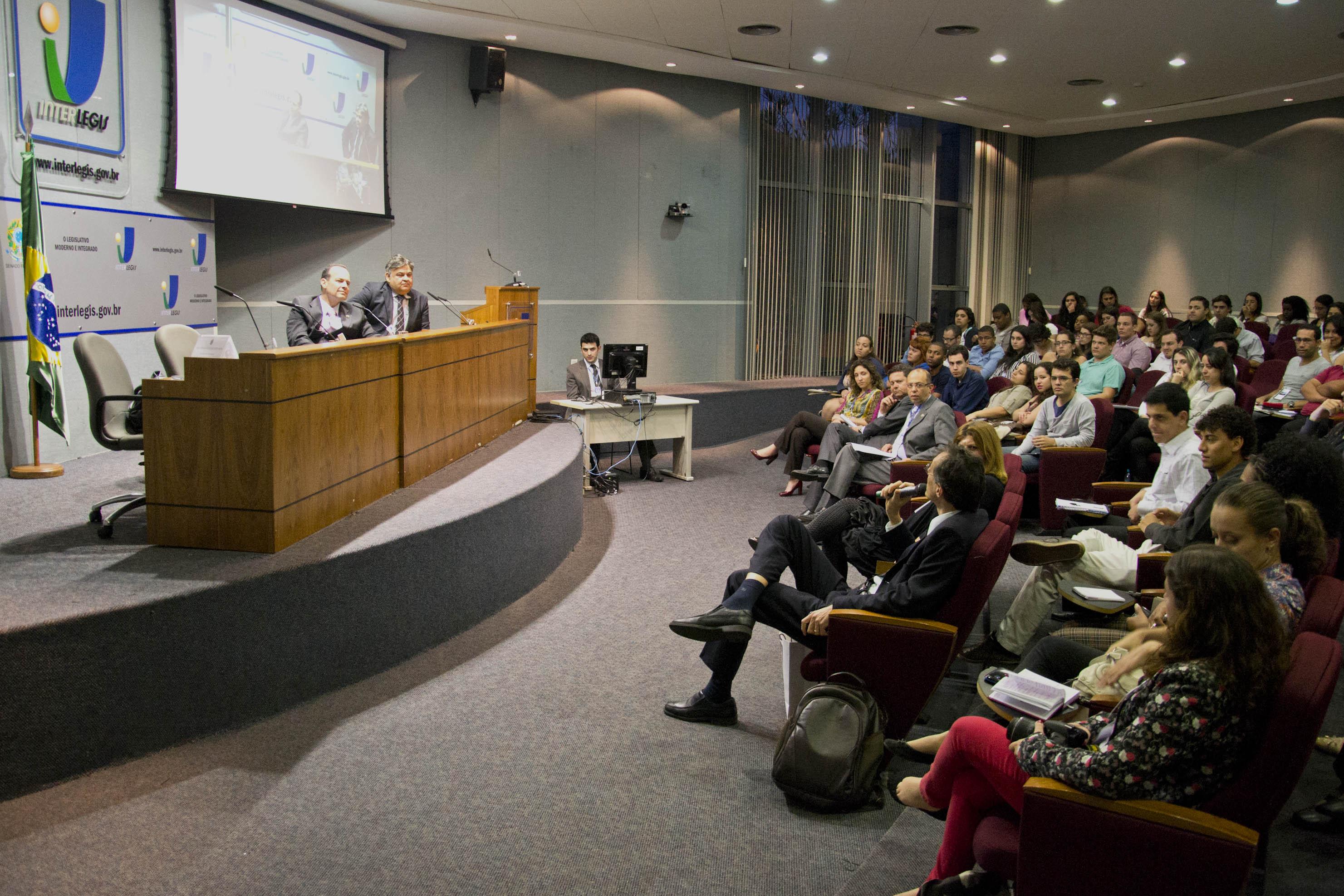 Equipe do Interlegis/ILB participa de debate sobre a gestão do Programa