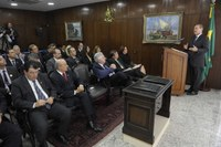 Acordo entre Senado e Secretaria da Micro e Pequena Empresa, assinado nesta terça, beneficia o setor