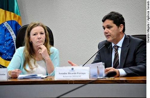 Interlegis sedia videoconferência internacional com Parlamento Europeu sobre espionagem norte-americana