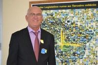 * Édson Moraes na pauta: Presidente da Câmara de Caraúbas (RN) quer oficina tecnológica no Estado.