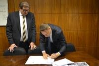 Câmara de Vilhena (RO) assina convênio com o Programa Interlegis