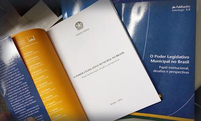"""""""Poder Legislativo Municipal no Brasil"""": publicação Interlegis/ILB orienta vereadores e cidadãos"""