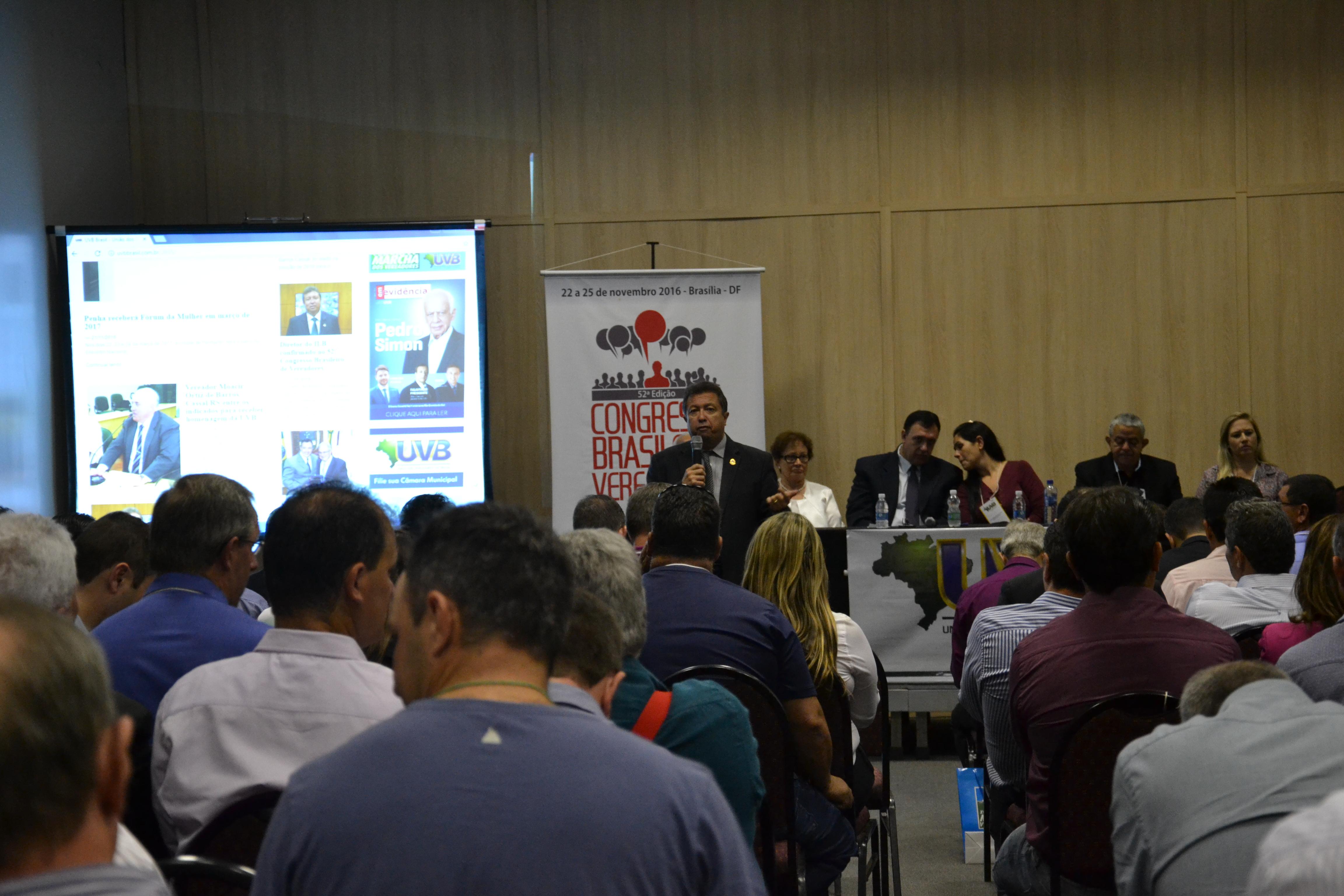 Para vereadores, presidente do ILB/Interlegis, Helder Rebouças defende equilíbrio das contas