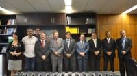 1º Secretário do Senado, José Pimentel, discute ações com direção do ILB/Interlegis
