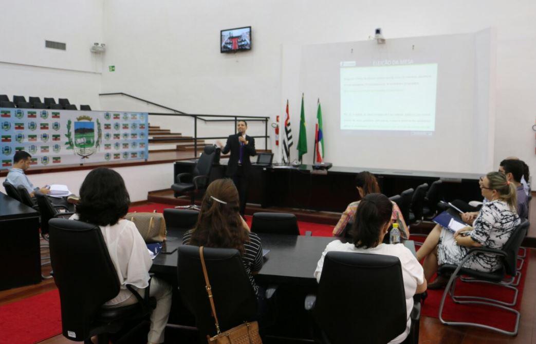 Câmaras de Pindamonhangaba e região participam de Oficina para atualizar Regimento