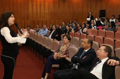 Escola do Legislativo oferece oficinas com foco nas Leis Orgânicas e Regimento