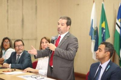 Senador Eduardo Lopes participa de encerramento de Oficina Interlegis para Câmaras municipais