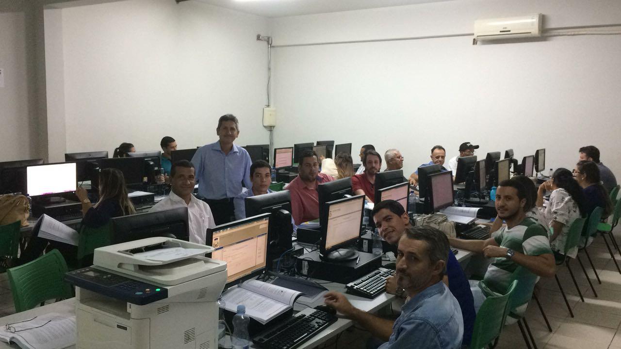 Treinamento em Rondonópolis continua com servidores de Câmaras do sul de Mato Grosso