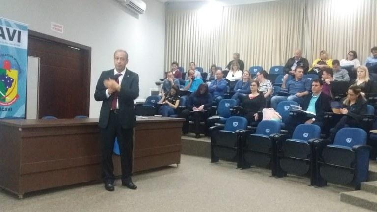 Vinte e cinco câmaras catarinenses participam de oficina Interlegis no Estado