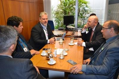 Bohn Gass quer levar ações do Interlegis para câmaras