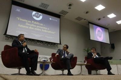 Diretor do ILB discute finanças públicas no 10º TCE Debates, no Ceará