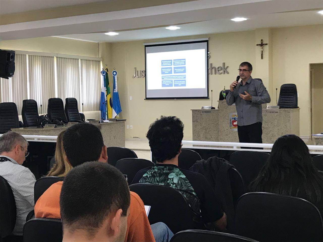 Mais de trinta pessoas participam de Oficina Câmara Verde em Cordeiro (RJ)