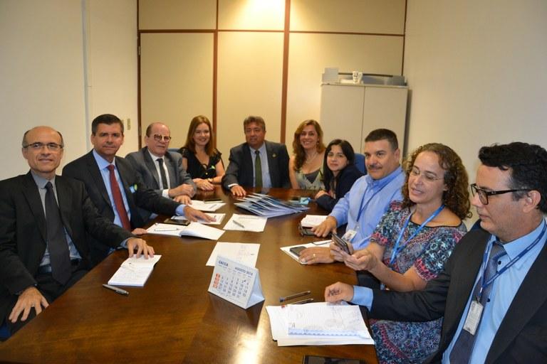Primeiro curso de extensão a distância do ILB terá alunos do Tribunal de Contas do Ceará