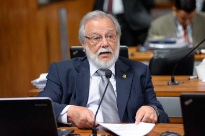 Senador Airton Sandoval ressalta importância do Interlegis na formação de vereadores e servidores