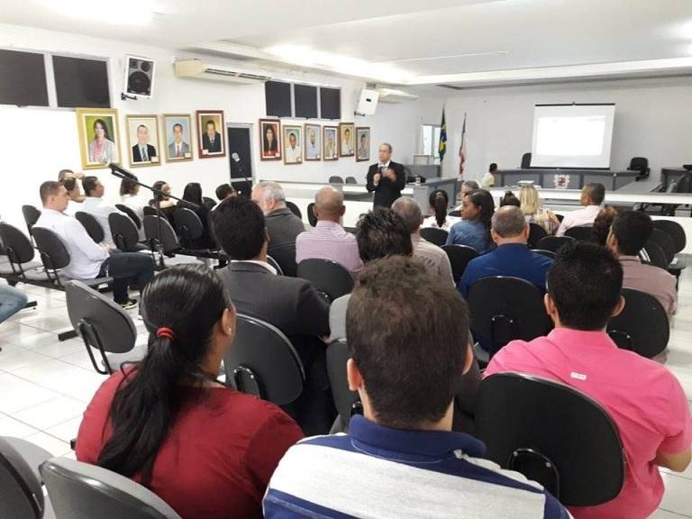 Vereadores baianos participam de Oficina Interlegis em Itapetinga