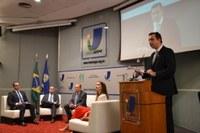 Diálogos Institucionais discute responsabilidade parlamentar