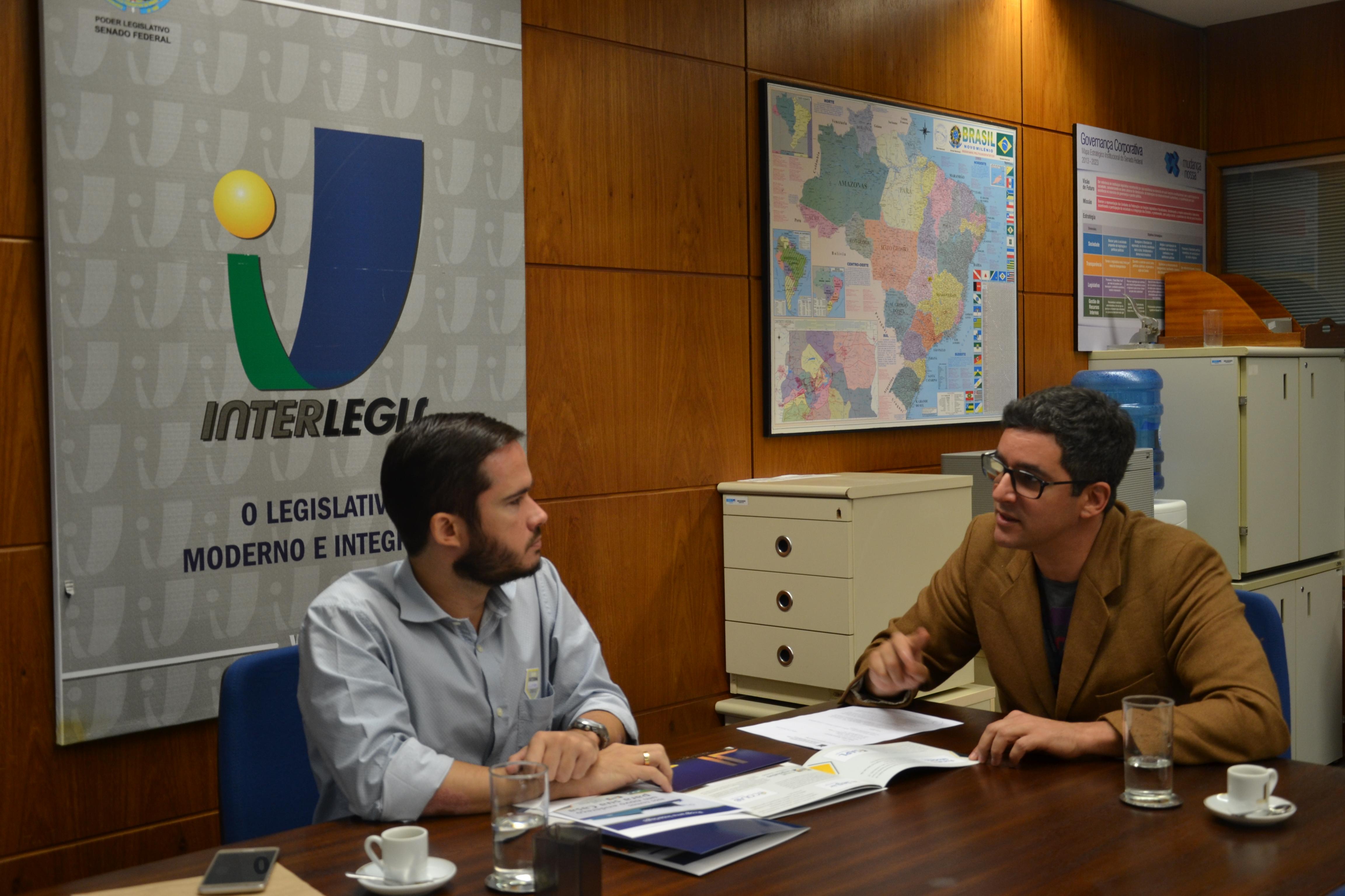 Diretor da Escola Legislativa da Câmara de Cuiabá visita o Interlegis