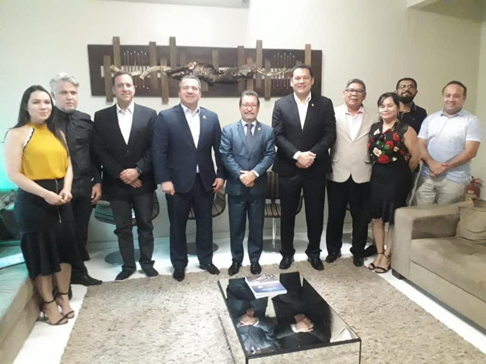 Presidente da Câmara Municipal de Macapá recebe coordenador do Interlegis