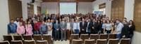 Treinamento na ALEAC auxilia participantes a revisarem leis orgânicas e regimentos internos